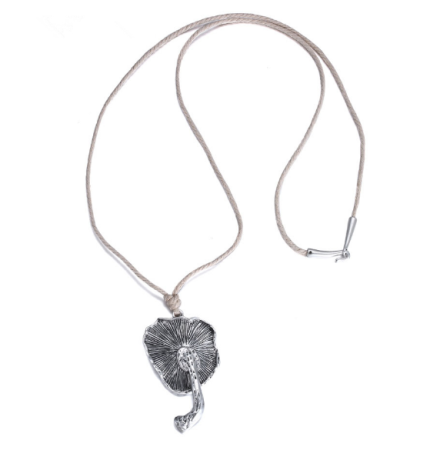 Vintage Style Ancient Silver Plated Mushroom Pendant Necklaces Womens